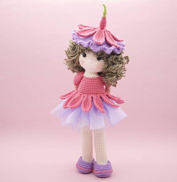 Boneca amigurumi/ boneca crochê (Angela) no Elo7 | Novelo de ... | 588x570