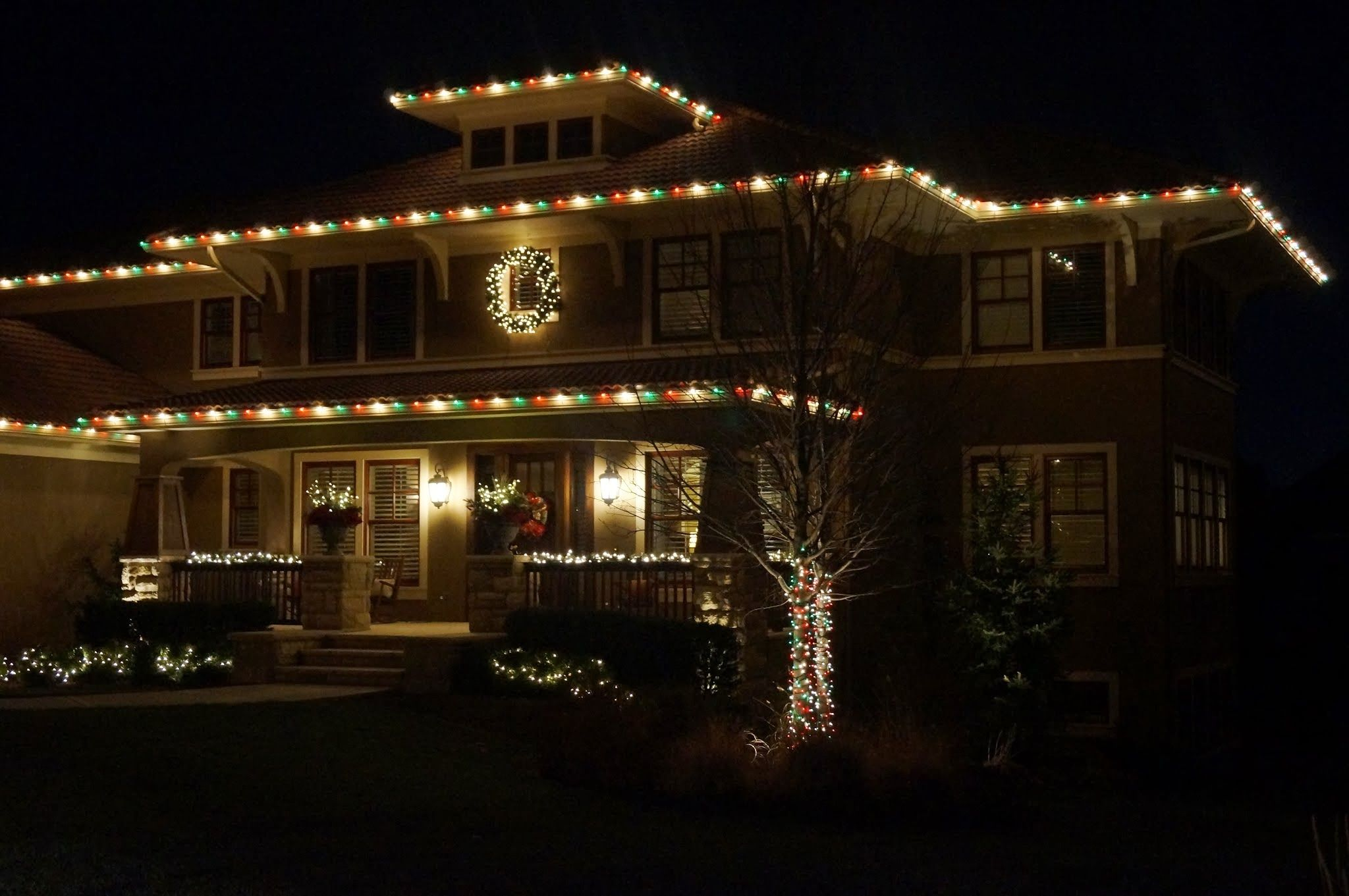 Love The Green Red White Christmas Light Pattern