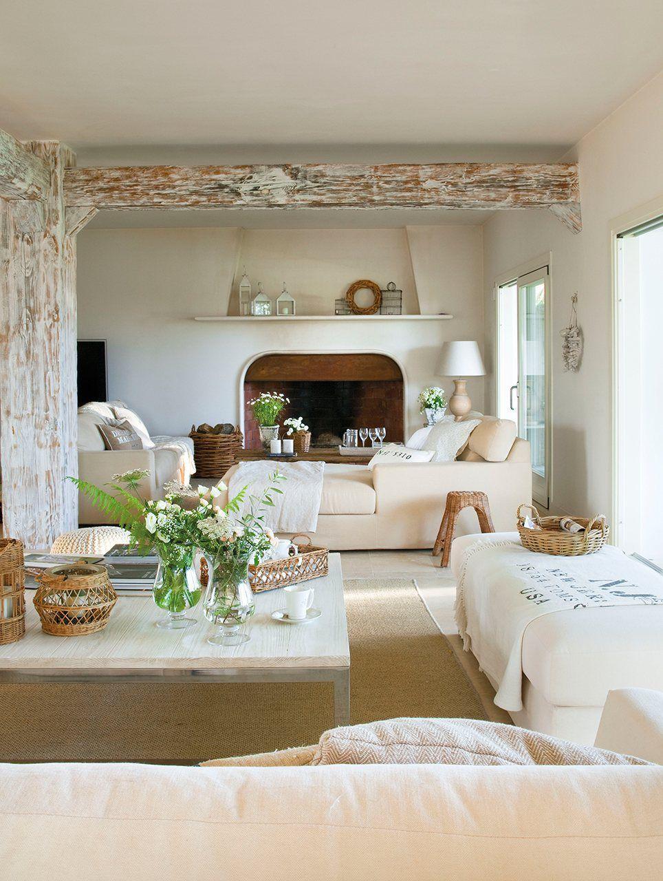 Una casa renovada para una gran familia  Salon rustique moderne