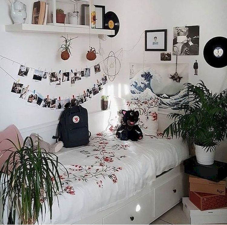 The bed in this room is flanked on. Bnha Boyfriend Scenarios And Oneshots 1 Single Bedroom Aesthetic Bedroom Girl Room