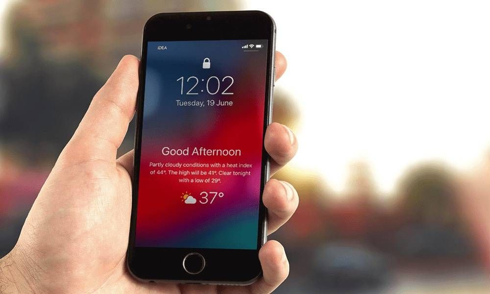 There S A Hidden Feature In Ios 12 That Allows You To Add A Weather Widget To Your Lock Screen Here S How To Enable It Iphone Widget Lockscreen