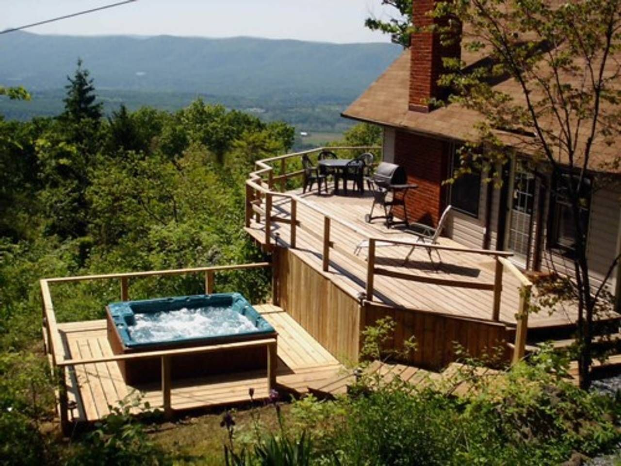 Mountain Clouds Relaxing Escape Views Hot Tub Cabins