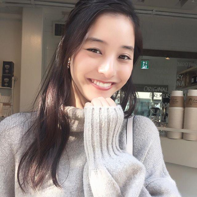 発売中の2月号「友菜\u0026優子のイメチェンコーデ対決」で、前髪