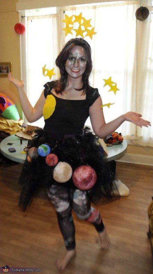 Galaxy Kostüm selber machen  Kostüm Idee zu Karneval Halloween  Fasching halloween costumes Galaxy Kostüm selber machen DIY  Anleitung