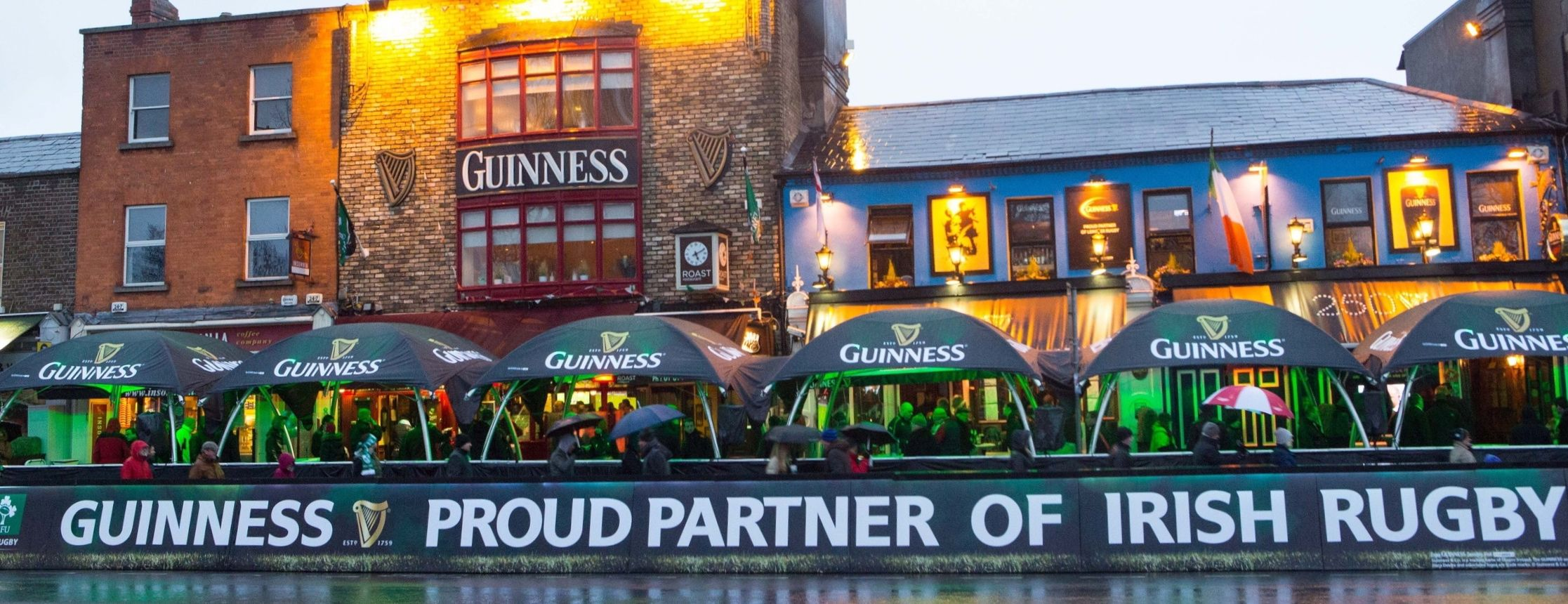 Creative Structures Lounger Medium  Brand Activation Guinness