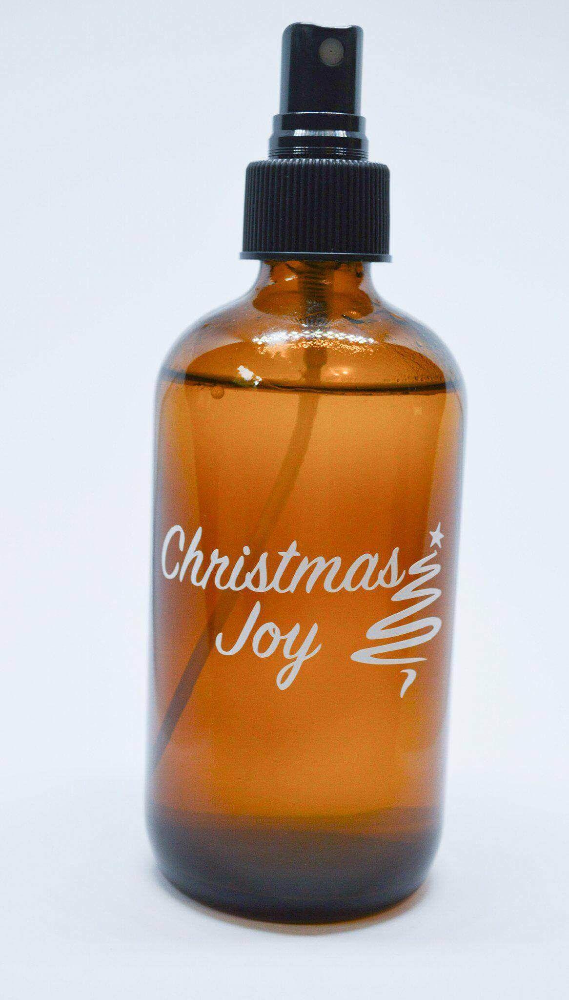 6 DIY Winter Essential Oil Room Spray Recipes to Keep You