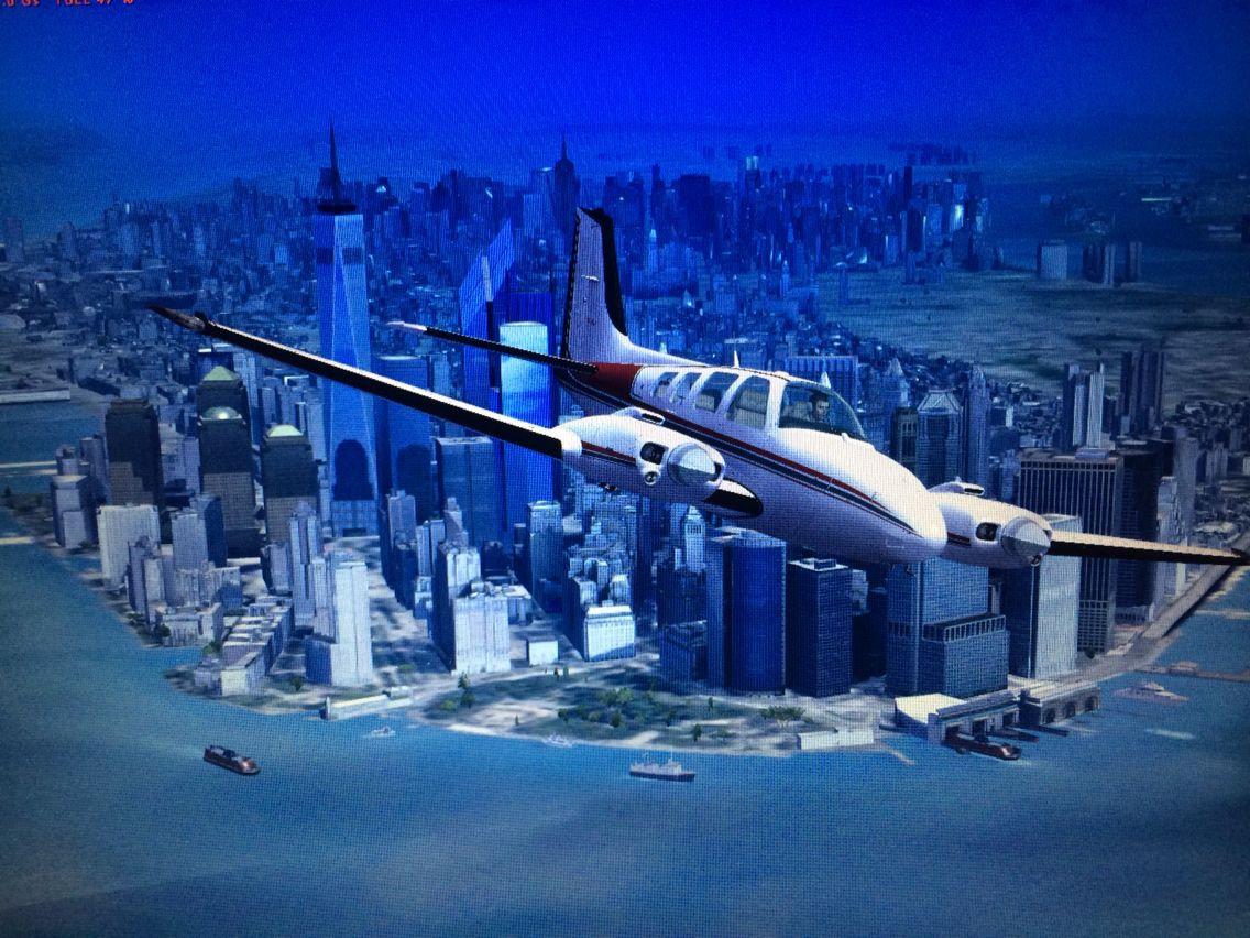 Beech Baron lower Manhattan . Microsoft Flight Simulator