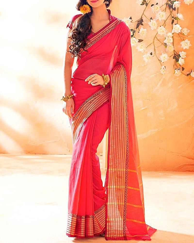 Love draping #Sarees? This Red #Handloom #Saree is best suited for #Summer. Buy it from our online store: bit.ly/SHARROSI  #OnlineShopping #Fashion #EthnicWear