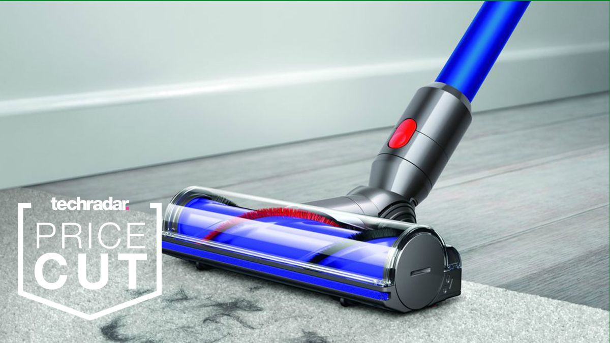 Dyson Deals At Walmart Save 100 On The Dyson V7 Vacuum During