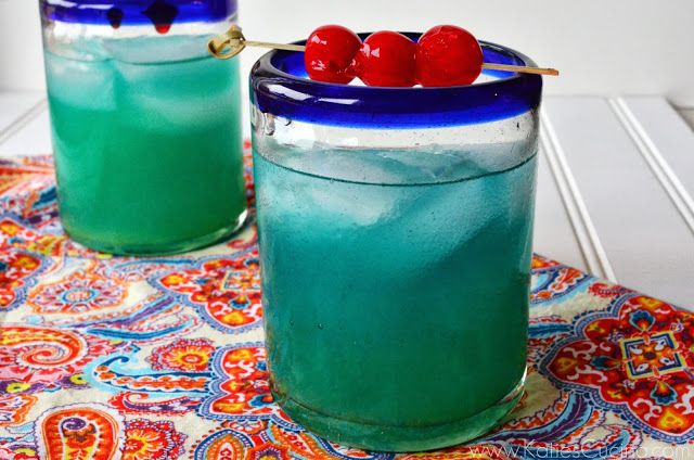 Tropical Dream Drink Recipe Spiced Rum Drinks Rum Drinks Cocktails With Malibu Rum