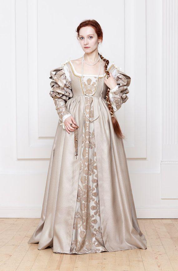 ede1cc425de Renaissance Italian white woman dress 15th - 16th century in 2019 ...