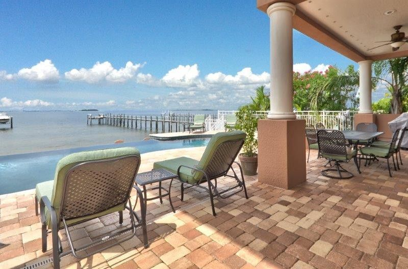 Family Reunion Tampa House Rental Newer Luxury Waterfront Home On