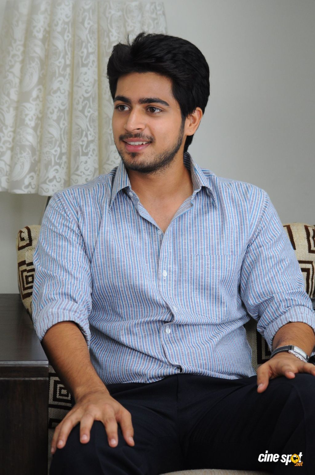 Poriyaalan Actor Harish Kalyan Veethi Handsome Indian Men Stylish Little Boys Handsome Actors See more ideas about man photo, man, photo. poriyaalan actor harish kalyan veethi