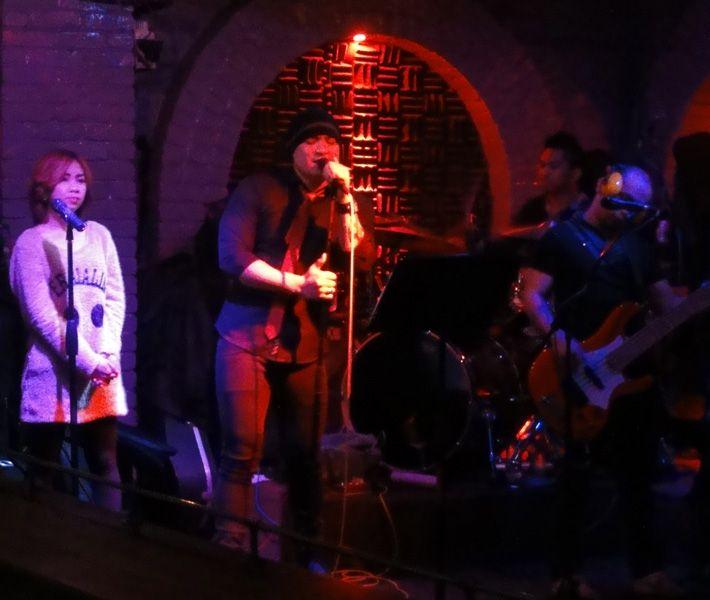 Live Band in der Dusk till Dawn Bar, Hong Kong