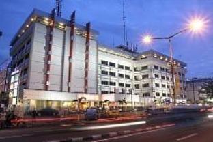 Garuda Plaza Hotel Http Indonesiamegatravel Com Garuda Plaza