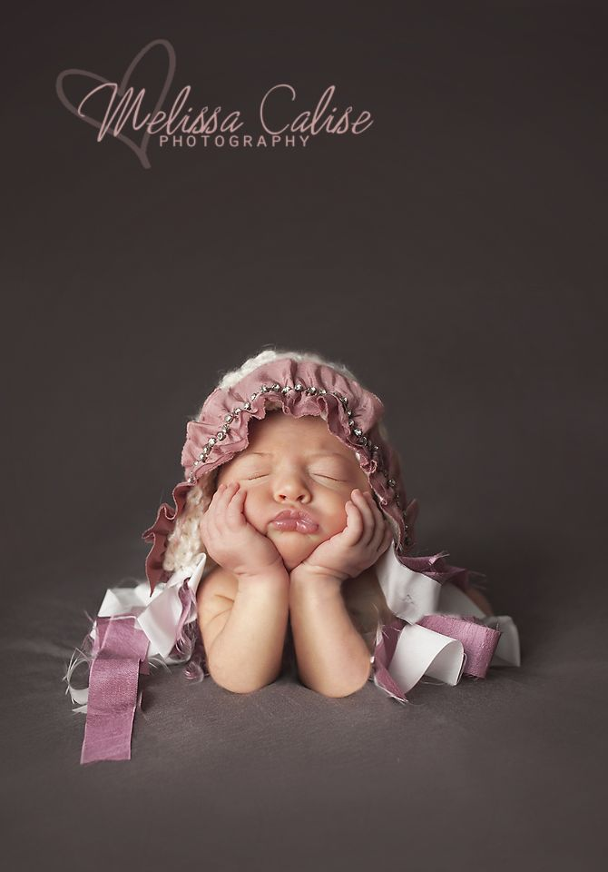 Melissa calise photography newborn girl photo session posing ideas chin hands composite