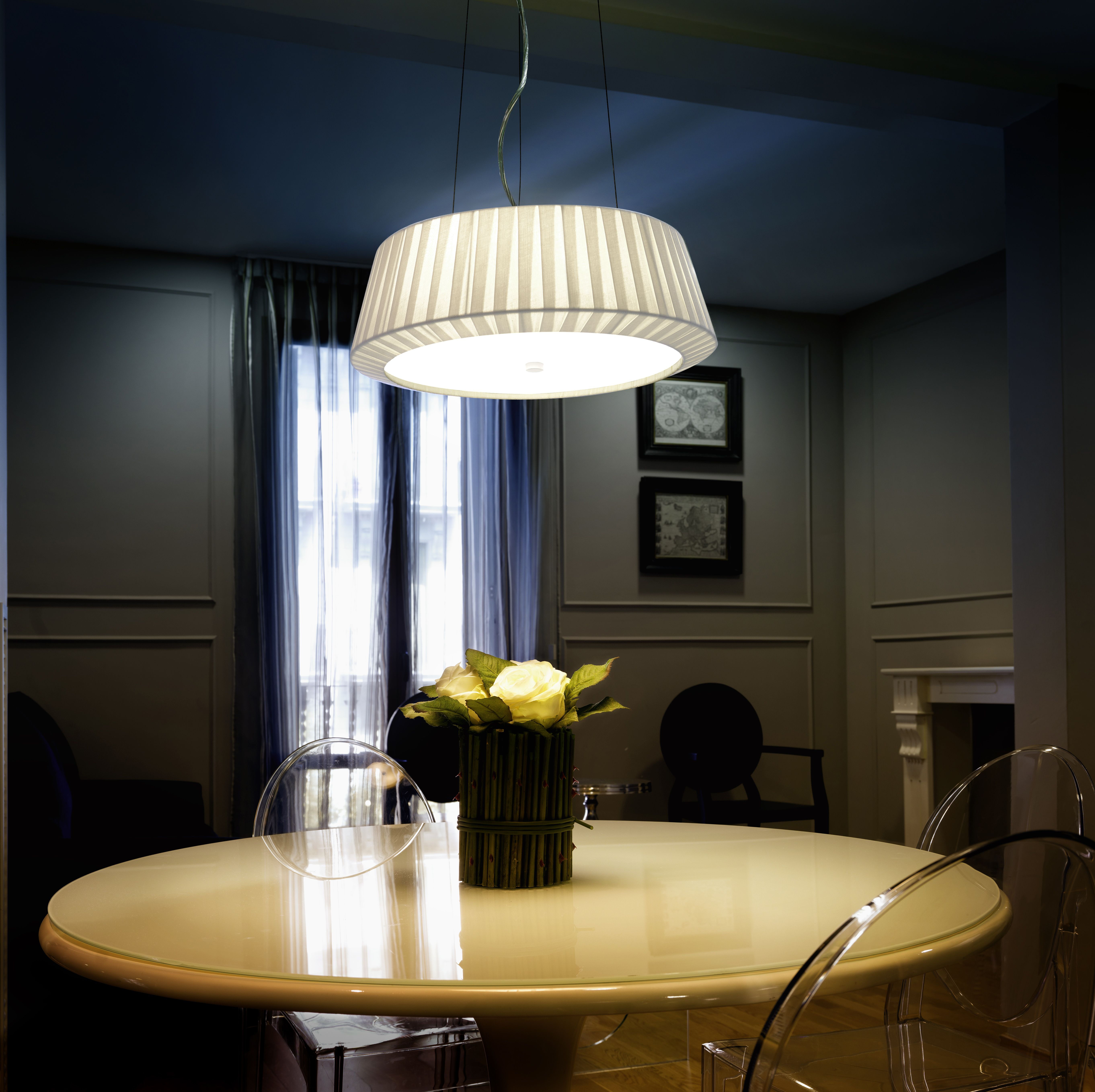 Beautiful Modern Meets Classic Dining Room Decor. Love The