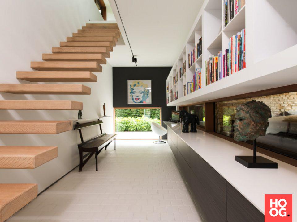 Zwevende trap met houten treden interieur ideeën accessoires