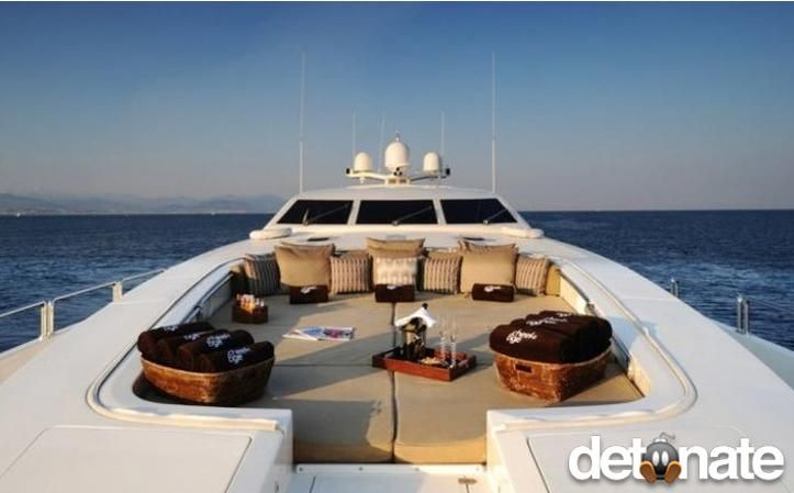 Cheeky Tiger Lounge Deck - This is new. It's like a couch on the top of the boat. Only it can fit your family and friends, plus a few more if they make some phone calls. It's not bad living if you ask a billionaire. Sometimes, they enjoy the simpler things in life too.