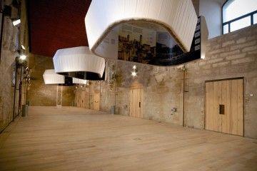 En el campo del diseño de exposiciones se están realizando múltiples y sugerentes montajes que sorprenden por su ingenio y por abrir nuevas vías para la decoración de interiores.…