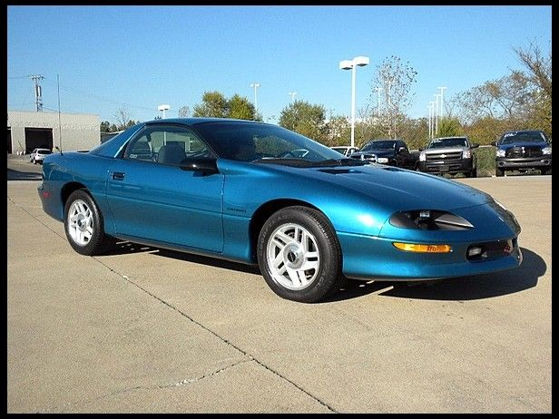 1994 Chevrolet Camaro Coupe Looks Just Like The One I Had Loved This Car