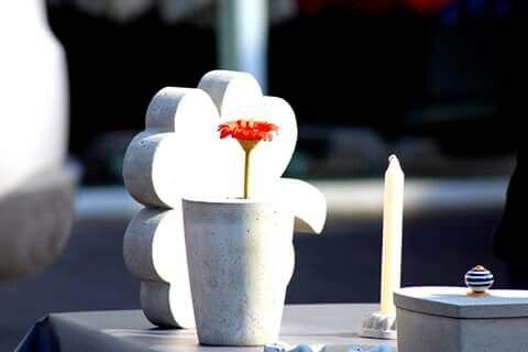 Vase aus Beton