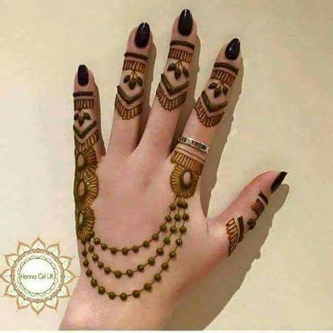 chain mehndi design simple