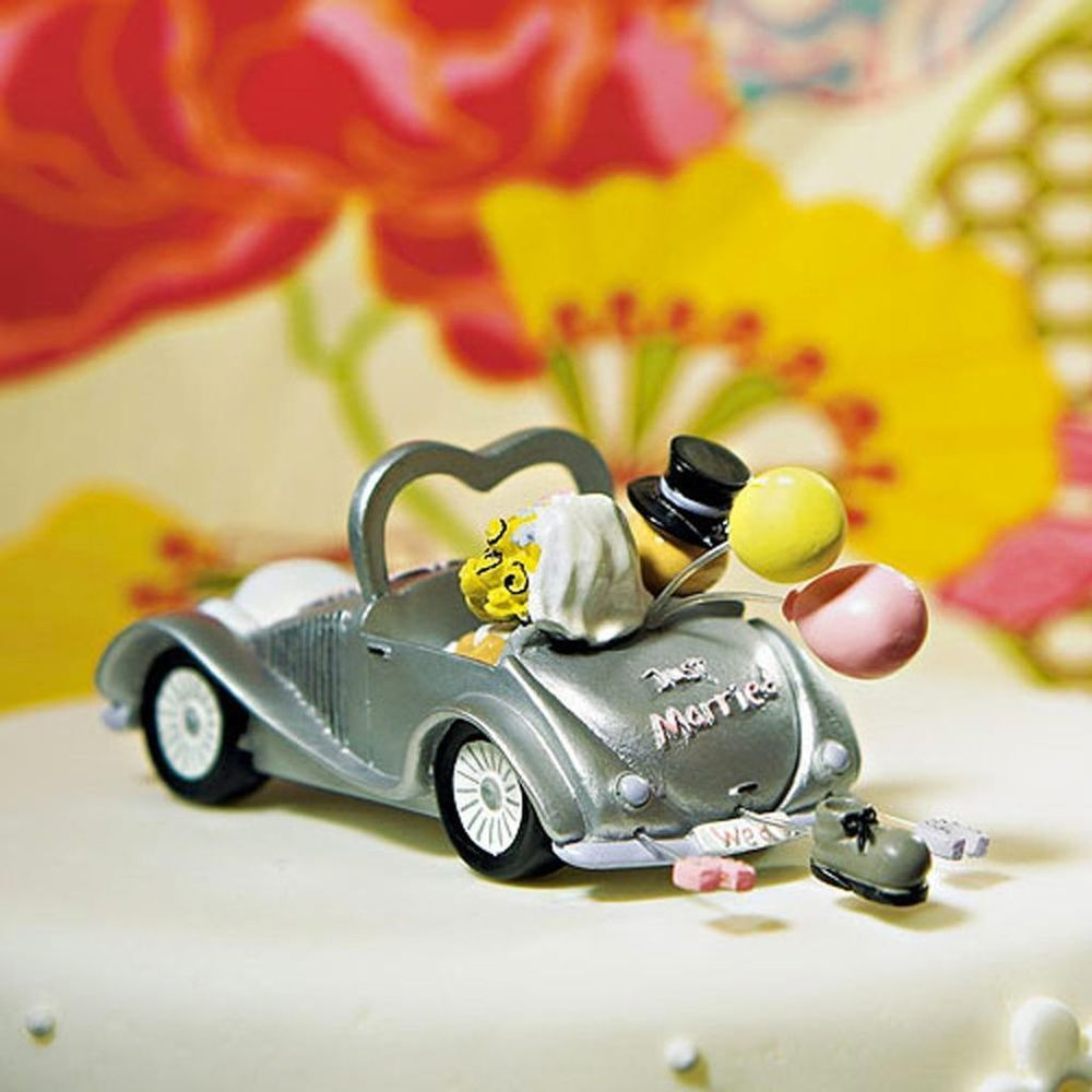 Weddingstar Get-a-way Car Figurine Funny Bride and Groom Wedding ...