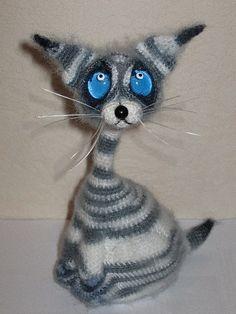 Project by Kabachek Natalia. Cat Siam Crochet pattern by Pertseva for LittleOwlsHut #LittleOwlsHut, #Amigurumi, #CrohetPattern, #Crochet, #Crocheted, #Cat, #Pertseva, #DIY, #Craft, #Pattern