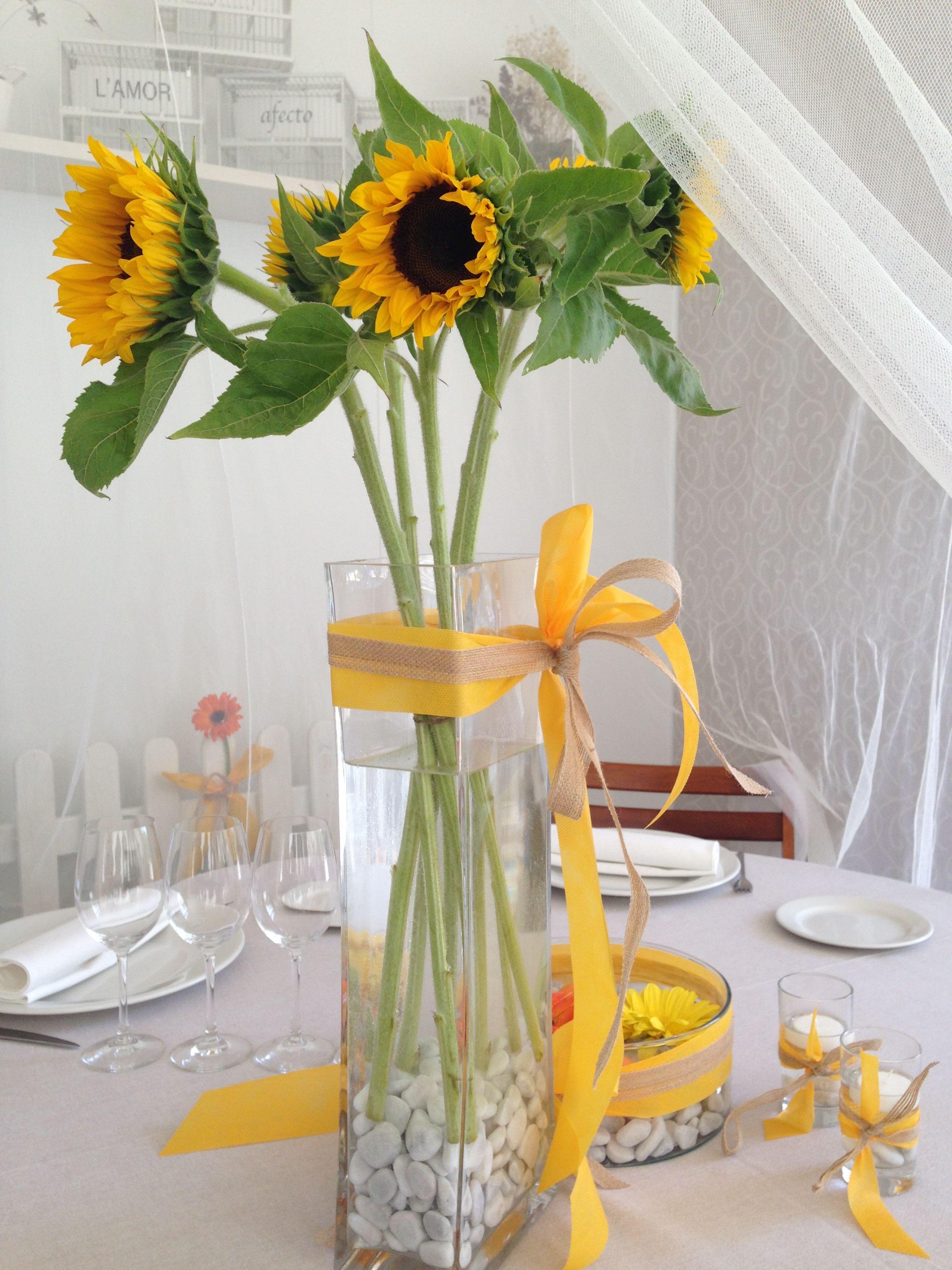 46 Centros De Mesas Con Girasoles Quincea Ero Pinterest  ~ Centros De Flores Naturales Para Mesas