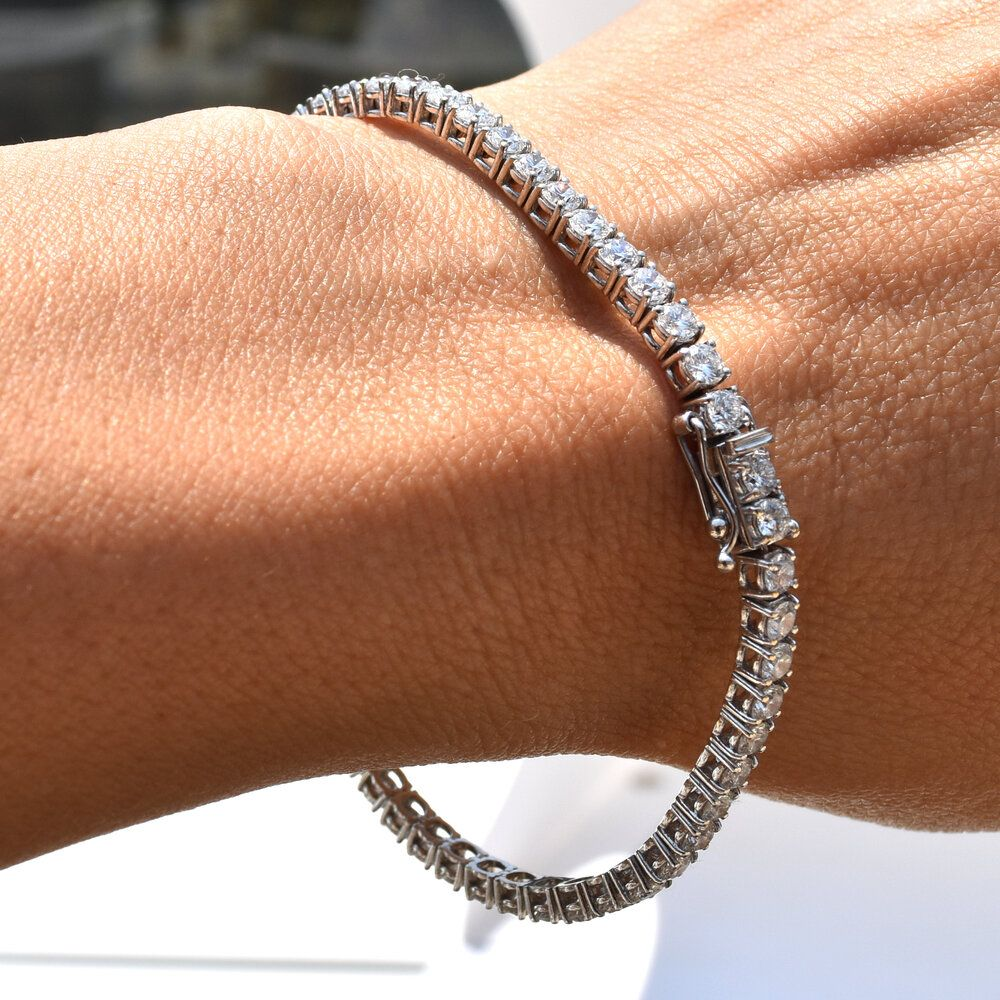 5 Ct Diamond Tennis Bracelet In 2020 Tennis Bracelet Diamond Tennis Bracelet Diamond