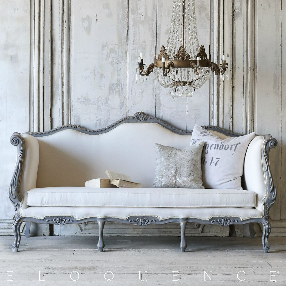 One Of A Kind Vintage Louis XV French Style Daybed Sofa