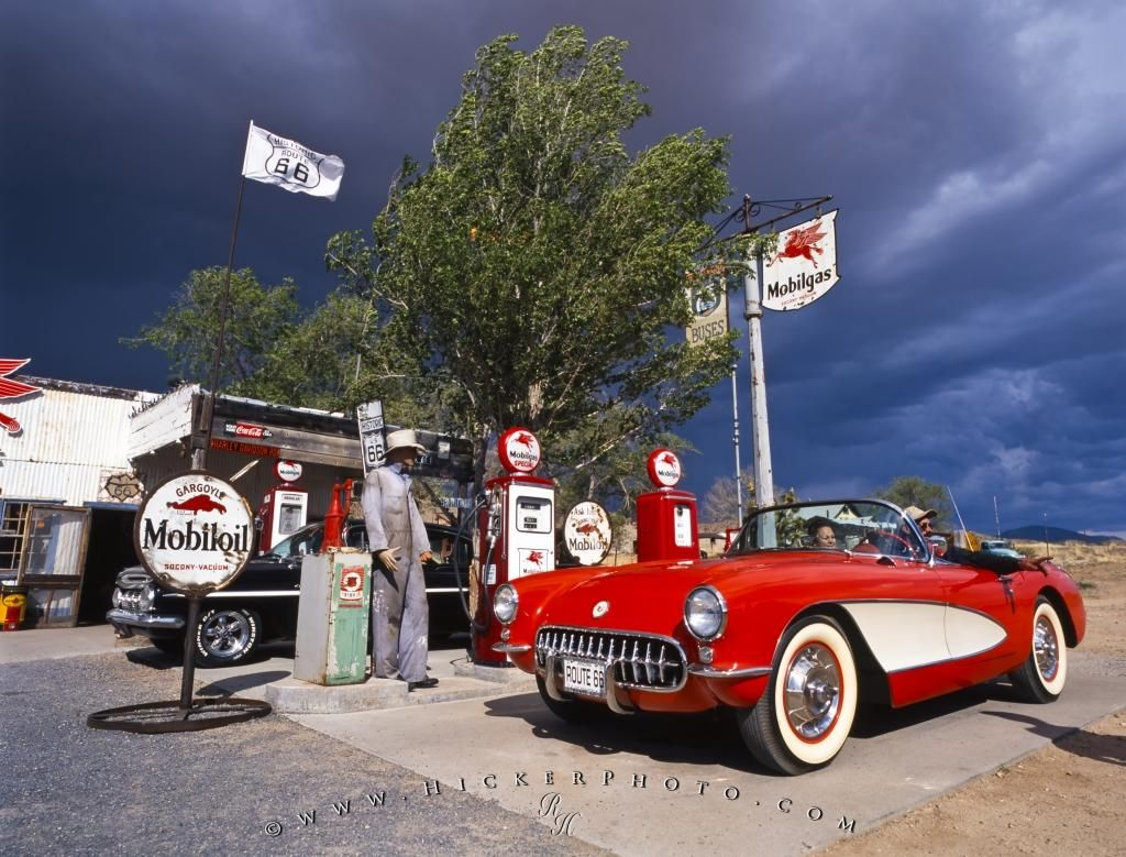 Photo Old Gas Station Old Car Historic Route Travel And