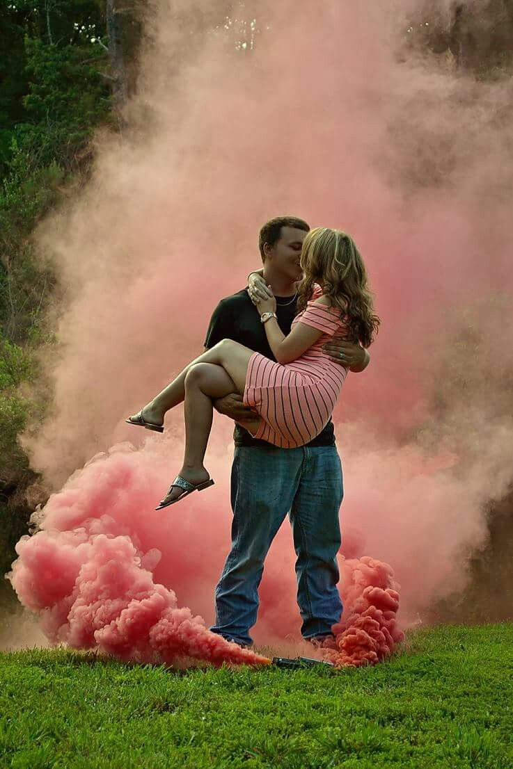 Unique Gender Reveal Party Ideas That Won T Empty Your Wallet Gender Reveal Photography Baby Announcement Photoshoot Gender Reveal Smoke
