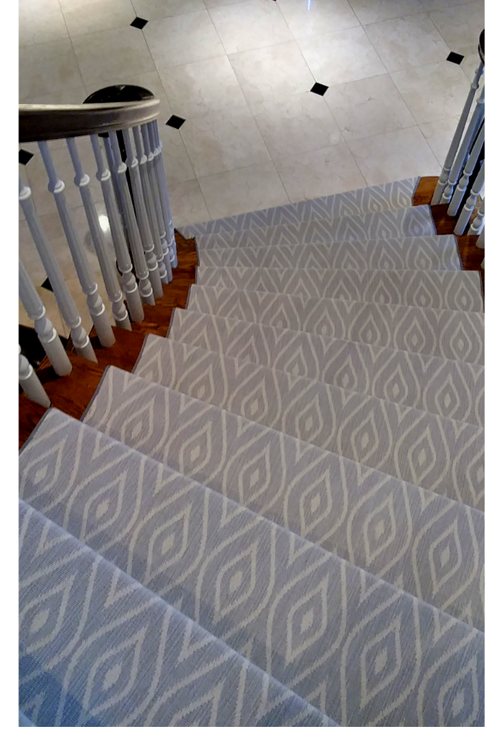 Patterned Carpet Looks Perfect On This Curved Staircase Carpetrunner Stairway Staircarpet Stairc Carpet Stairs Stair Runner Carpet Geometric Carpet