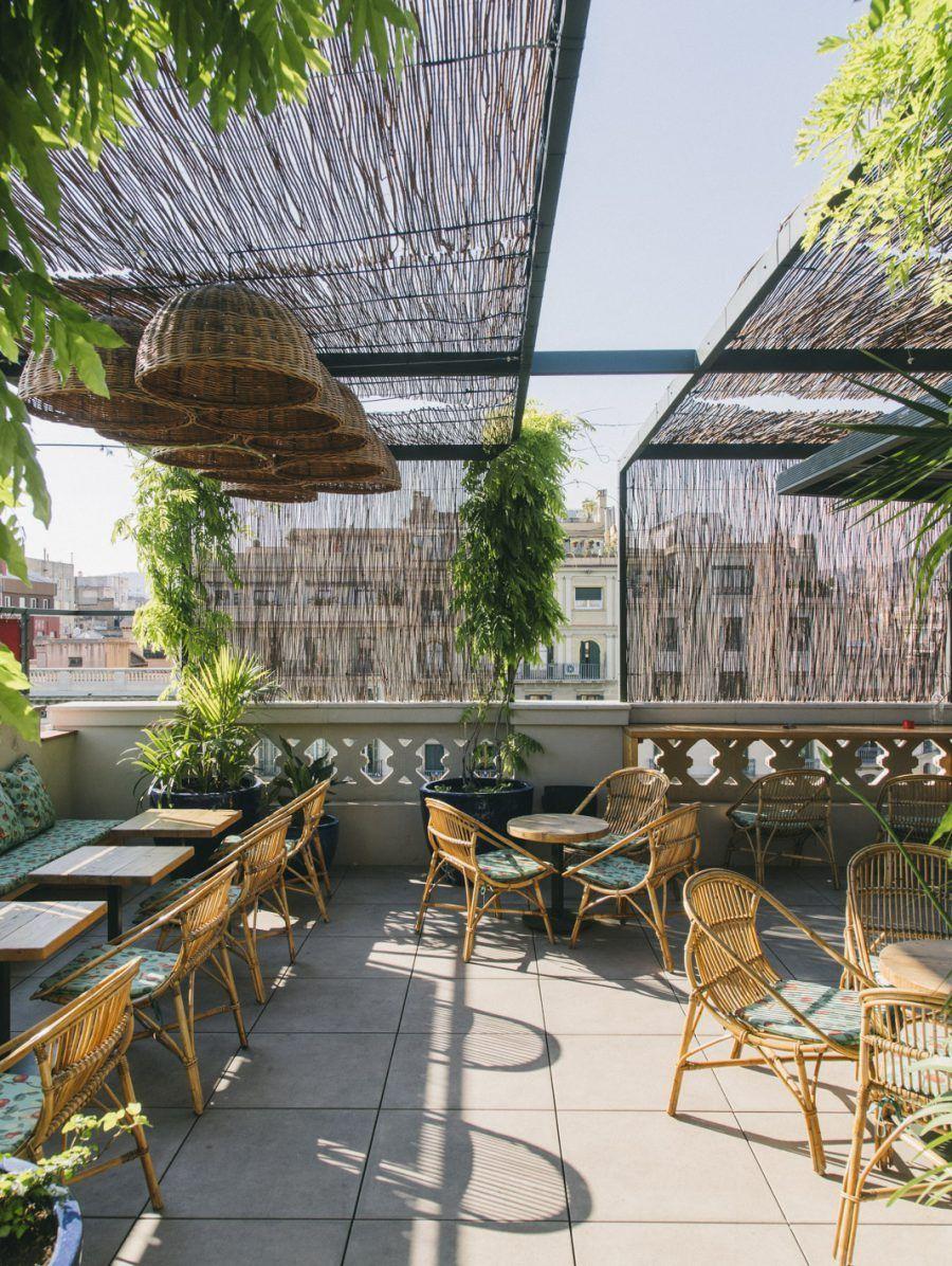 Tiendas De Muebles De Terraza Y Jardin En Barcelona 2020 En 2020 Estilos De Casas Francesas Casa Bonay Decoracion Europea De Hogar
