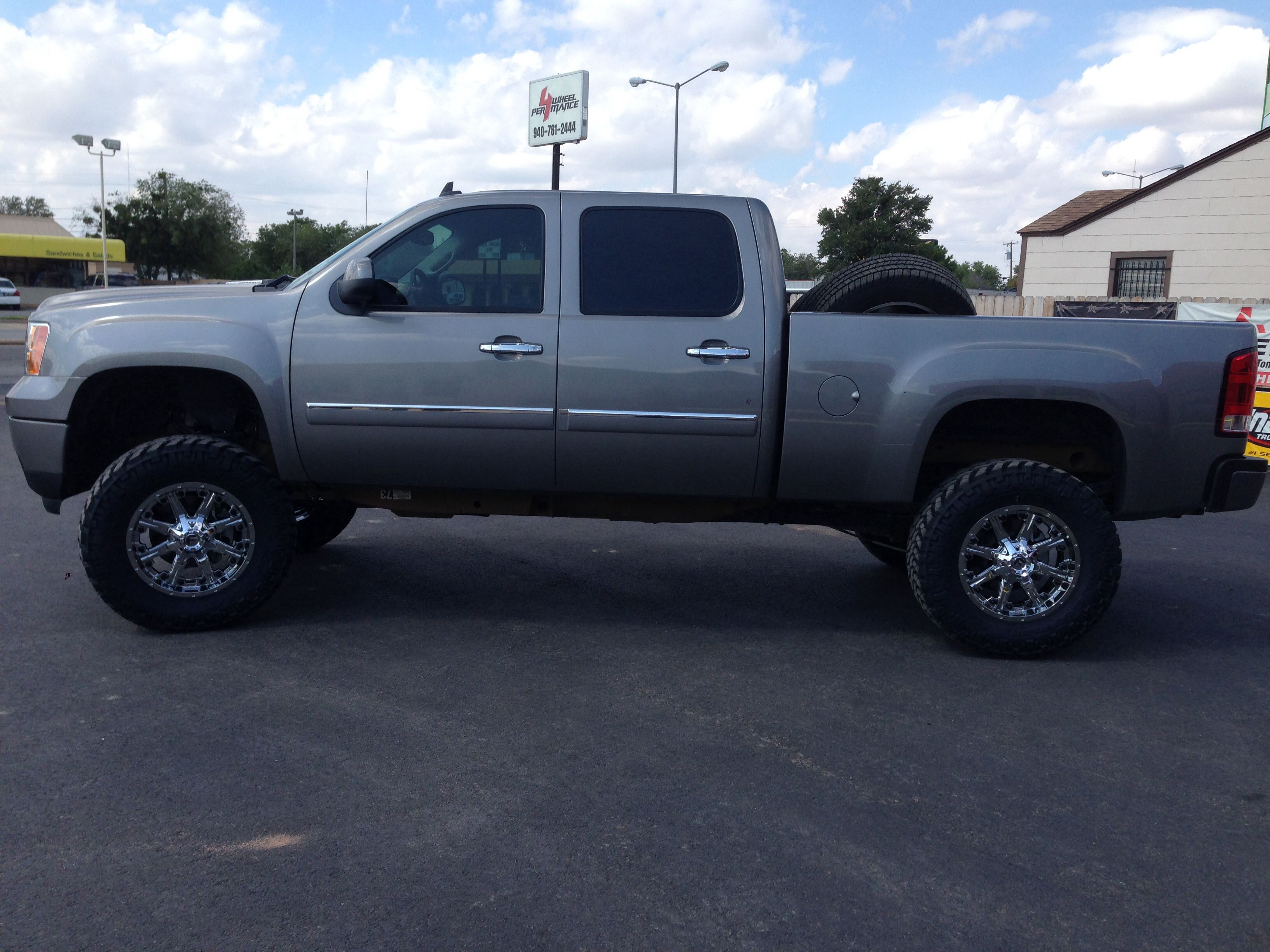 2013 gmc sierra 2500 hd 6 5 bds lift 20 fuel wheels 37x12 50r20 truck wheels