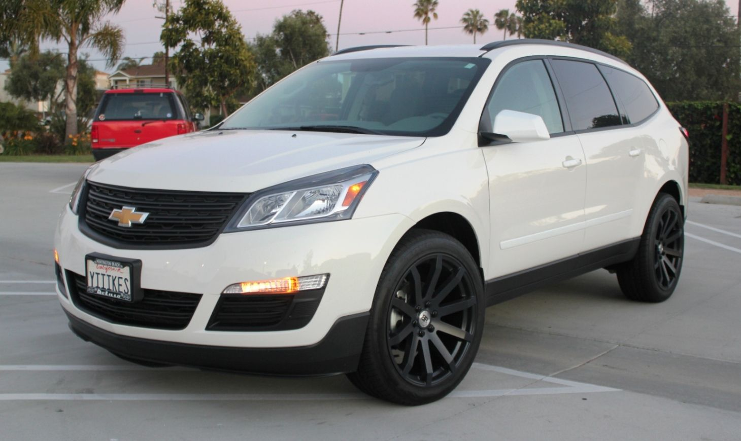 2014 chevy traverse white black rims google search vehicles pinterest 2014 chevy chevy. Black Bedroom Furniture Sets. Home Design Ideas