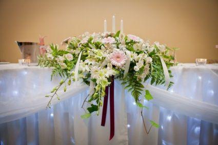 Wedding bridal table flowers