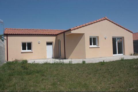 Maison-Villa-F6-LA VILLEDIEU EN FONTENET...