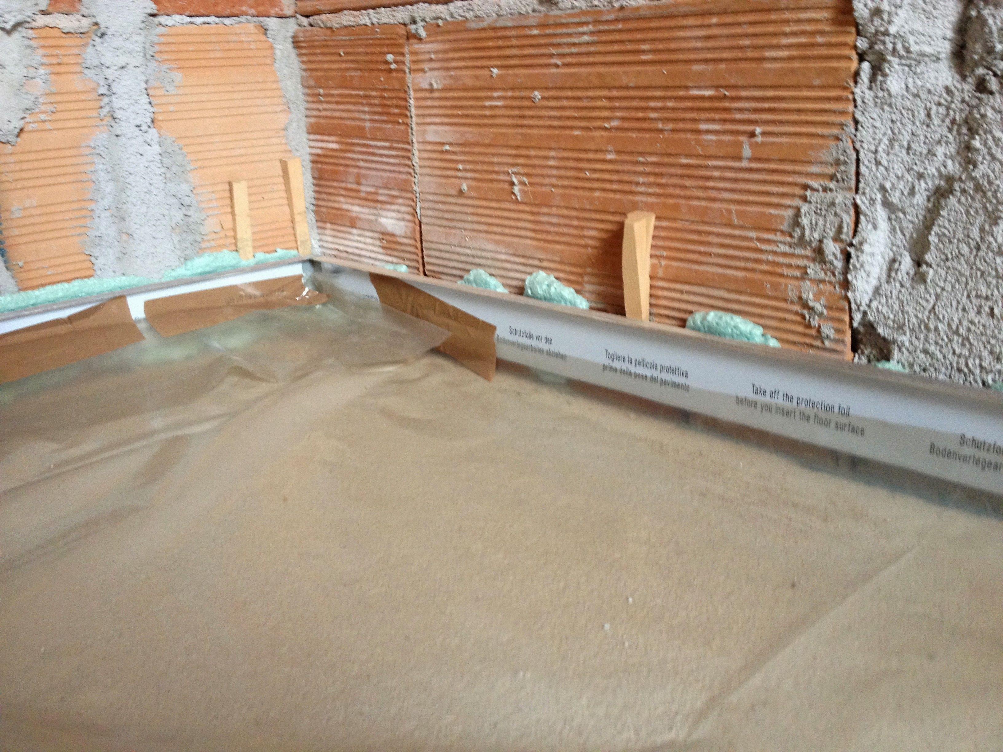 Ags systems battiscopa filo muro flush skirting board for Battiscopa filo muro