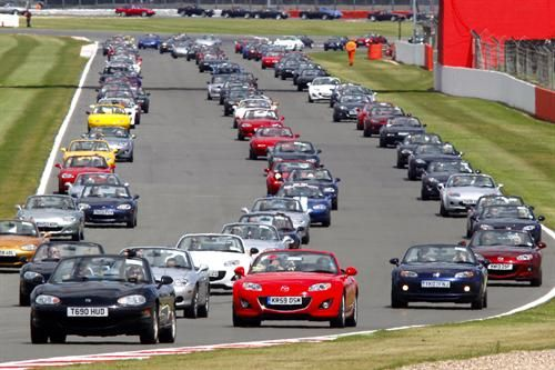 Motor'n | SILVERSTONE CLASSIC GEARS UP FOR MORE IN 2016