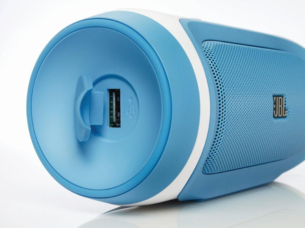 JBL Charge | Tech | Mobile speaker, Bluetooth, Stereo speakers