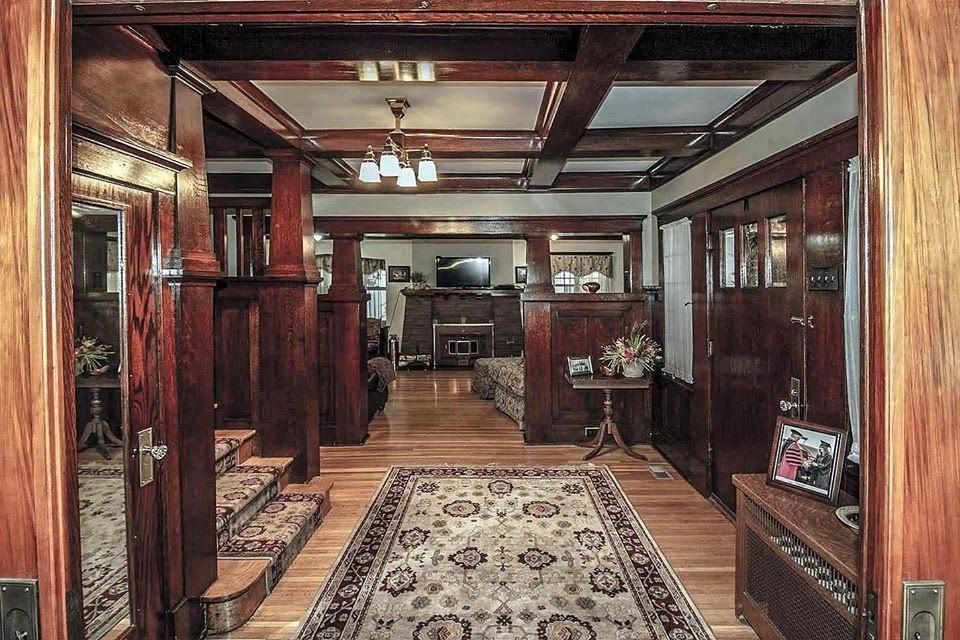 1912 Foursquare For Sale In Malvern Iowa Old House Dreams Old