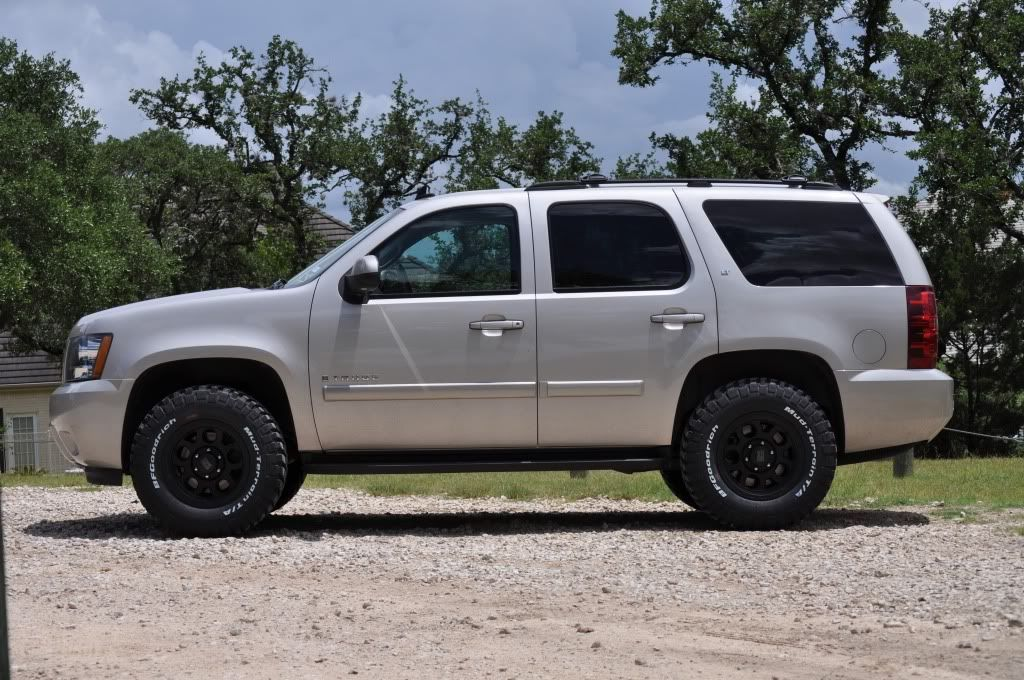 chevy tahoe off road image by bmxdannyo on photobucket. Black Bedroom Furniture Sets. Home Design Ideas