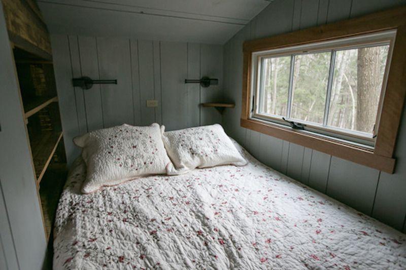 houseinwoodsbedroom