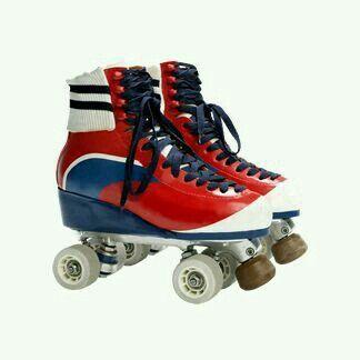 Pin By Sara Rawlife On Soy Luna Forever Best Roller Skates Retro Roller Skates Roller Derby Girls