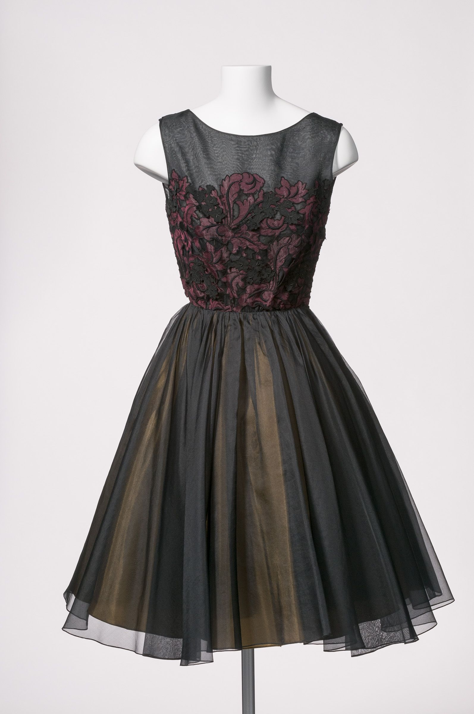 Late 1950s Cocktail Dress In Silk Organza By Gwen Gillam