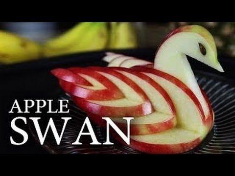 طريقة تقطيع التفاحة على شكل وزة شكل خرافى مدونة محترفين عرب Apple Swan Food Carving Food