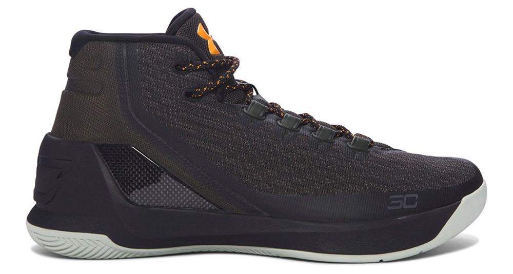 304ca2908092 Under Armour Curry 3
